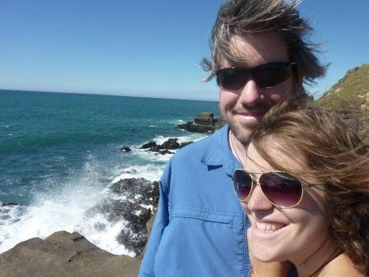 cheveux dans le vent on parcoure la côte sud de la NZ!
