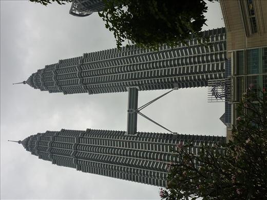 Petronas Towers...tours jumelles les plus haute au monde!