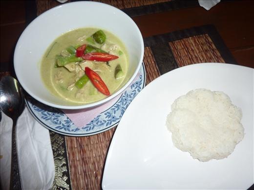 Premier curry vert thailandais EN Thailande!