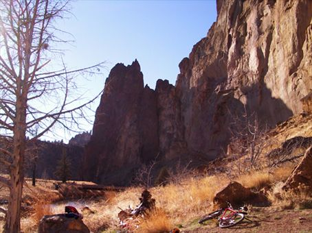 Mt-biking at Smith´s Rock in Bend, Orgegon, USA