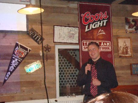 Our host for the evening, Brian, new president of the new A&M Club