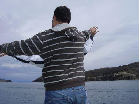 Re-enacting Titanic on route to Isla Del Sol