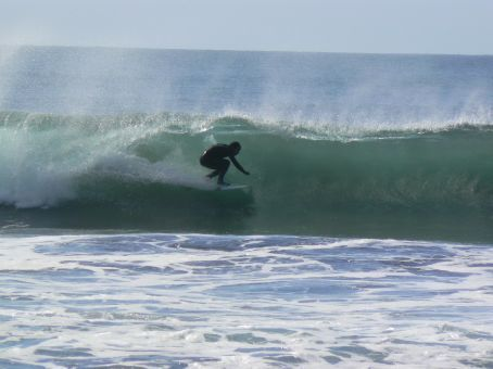 MT riding a wave
