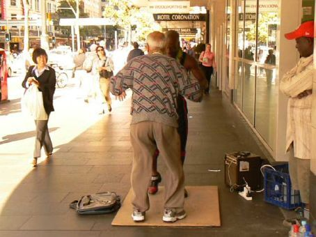 Sydney Street entertainment!