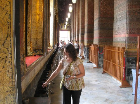 Offerings in Wat Pho