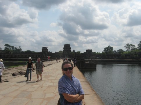 Crossing the moat to Angkor