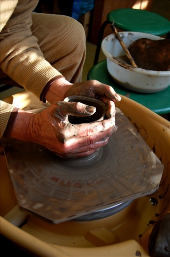 I don't speak much Japanese so Yoshida-san shows me each technique himself. His old and crooked fingers still manage to pull beautiful pots.