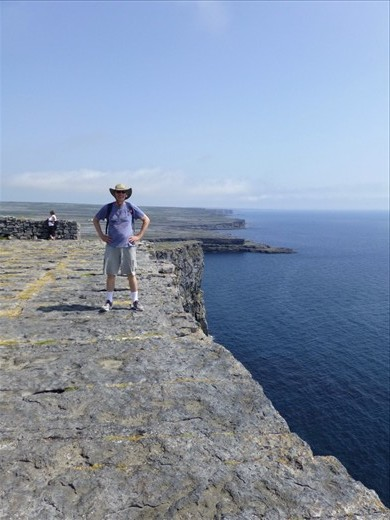 On the edge of Aran islands at Dún Aonghasa fort