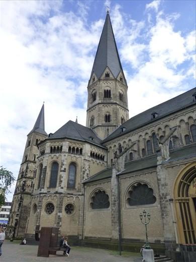 Bonn cathedral - see Ian & Kerstin?