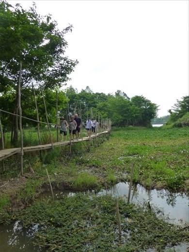 Dangerous walking at Cham Village