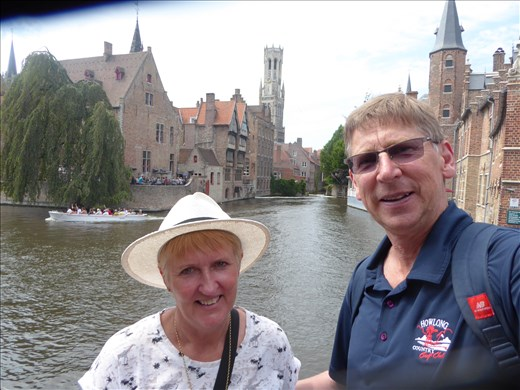Brugge via the canals
