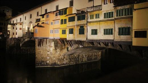 Medieval colorful bridge over the Arno river - Ponte Vecchio (Old Bridge)