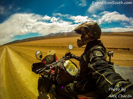 The perspective of driving a motorcycle from the eyes of the driver -  Chile
