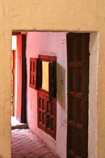 Doors, Santa Catalina, Arequipa