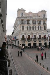 Grand plaza, Quito: by fieldnotes, Views[279]