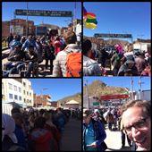 D'un côté du pont c'est écrit bienvenue au Pérou et de l'autre bienvenue en Bolivie! Beaucoup de monde, faut foncer de l'autre côté du pont pour passer la douane bolivienne. : by finally, Views[335]