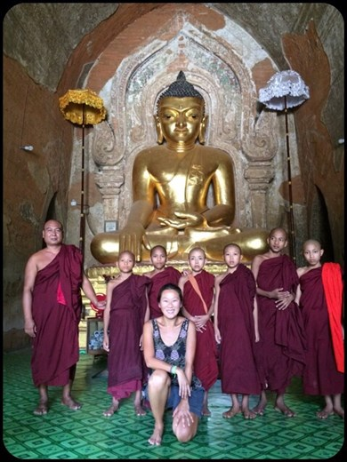 Great encounter in one of the Bagan temples. :-)
