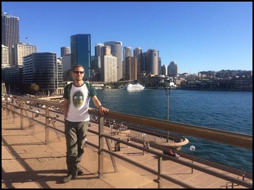 Promenade au centre ville de Sydney, le long de l'eau.