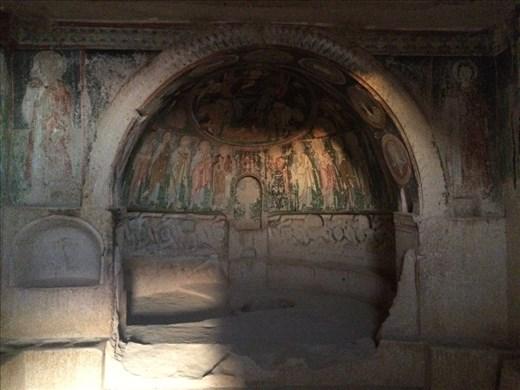 Fresque bien conservée de l'église troglodyte de la photo précédente. En plus, il fait frais à l'intérieur.