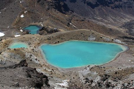 Tongariro Crossing - More lakes