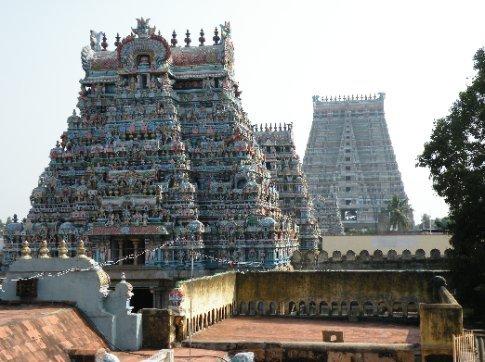Trichy. Gopuras (torres) del Templo Sri Ranganathaswamy (Templo a Vishnu)