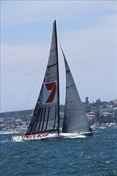 Wild Oats XI (100 pies - 30 metros) en la largada de la regata. Barco ganador de la regata: by flachi-gus, Views[395]