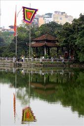 Lago Hoan Kiem y Templo Ngoc Son: by flachi-gus, Views[293]
