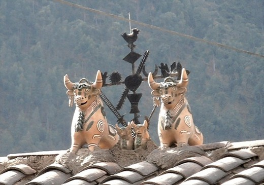 Bulls on the roof of many houses, for luck & prosperity