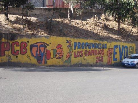 Political graffiti La Paz, Bolivia