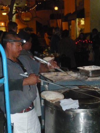 Baking bread in a barrel at the farmer's market