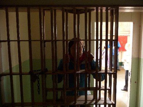 Elisabeth behind bars... i'd had enough of her...