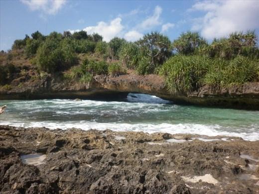 Natural Bridge at Srau Beach