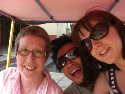 A ride in a bicycle taxi to Xochimilco metro station!