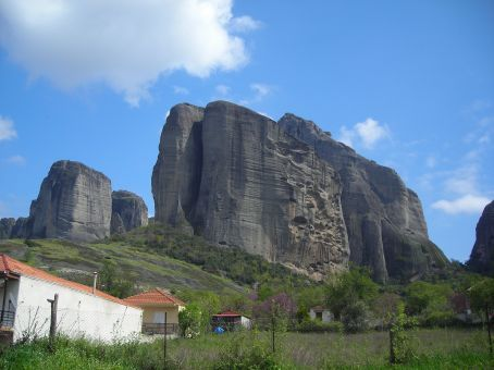 Meteora.  Possibly one of the weirdest places in Greece.  Loads of odd shaped rocks that tower over the vilages below them with tiny monastries perched on top of these huge cliff/rocks.  My pictures don't do it justice.