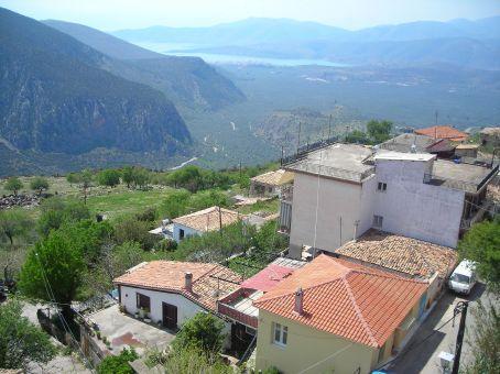 Delphi.  Views
