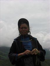 L'une de nos compagnes, lors du trek: by genebi, Views[135]