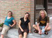 Il faisait chaud et humide. Notre longue marche nous a épuisée. Et ça c'était avant qu'on parte dans la mauvaise direction!: by genebi, Views[307]