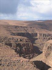 Canyon on the way fron Agdz to Quarzazate: by george_grigoriou, Views[473]