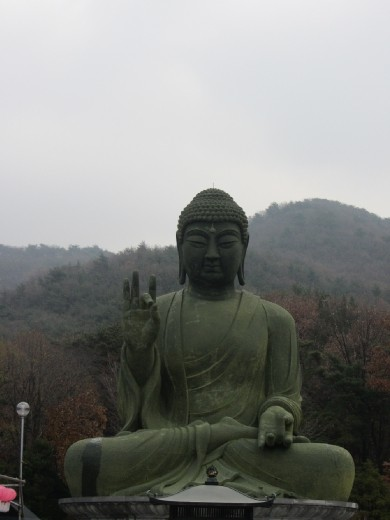Jeollanam-do has the biggest Buddha in Korea.