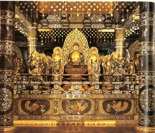 Inside Chūsun-ji Temple Golden Hall (internet photo)