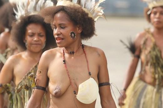 Welcome to PNG, Alotau