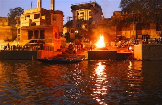 Cremation in Varanasi in better times
