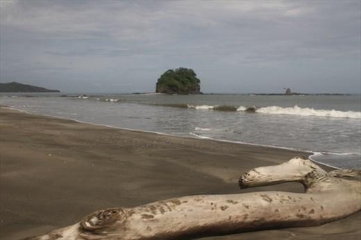 Connie's Beach and Isla Loros