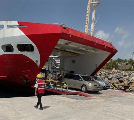 Unloading the Ferry back in Playa del Carmen
