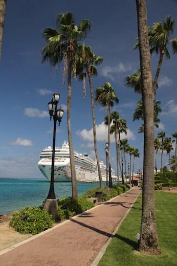 Cruise parking, Port Oranjestad, Aruba