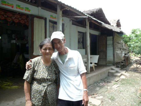 Huong and his wife