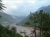 First bend of the mighty Yangtze!: by gretch_costa, Views[110]