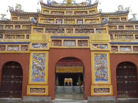 Hue - Cham temples