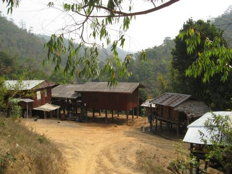Chiang Mai trekking tour - Karen village