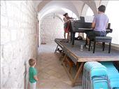 Ensayo del concierto, violín, piano y mirón.: by gztrips, Views[299]